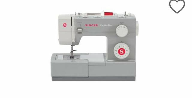 Manutenção e conserto de máquina de costura