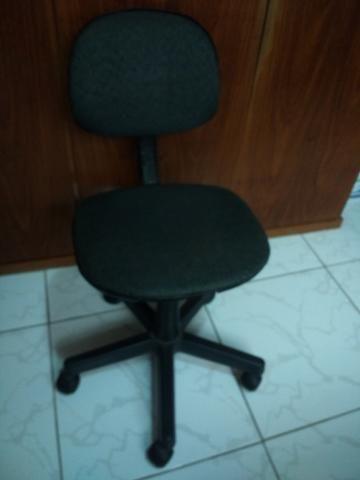 Cadeira Giratoria para Mesa 7