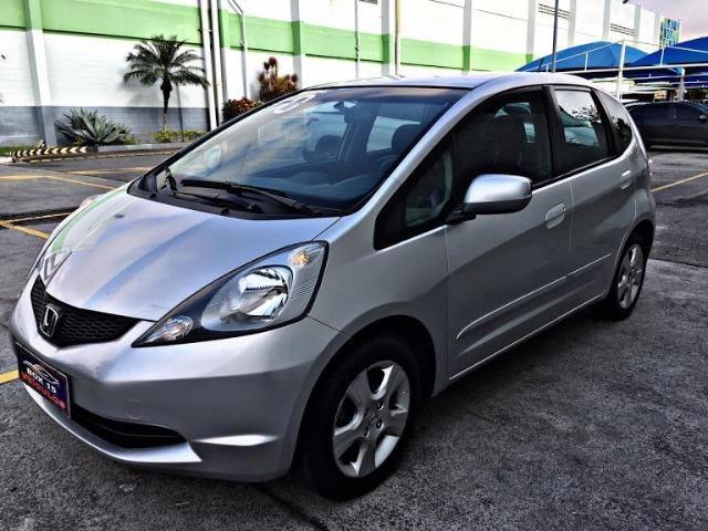 Honda fit LX 1.4 completo/ único dono!!!