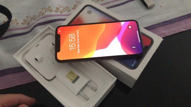 IPhone X 64gb zero sem marcas de uso 3200
