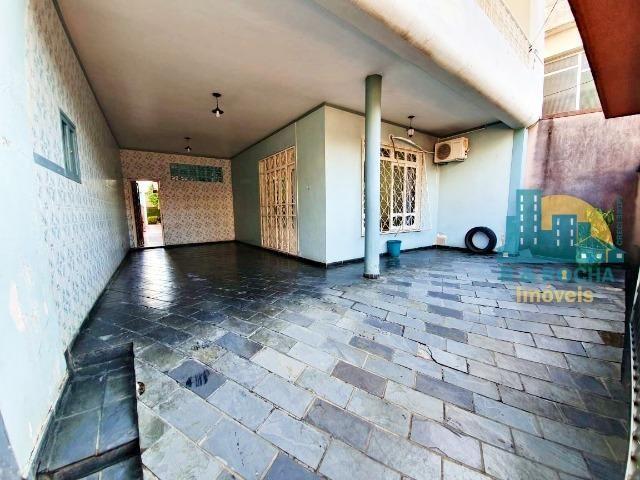 Casa com 4 quartos amplos e uma linda piscina - Duplex com 260m² - 3 vagas - Foto 4