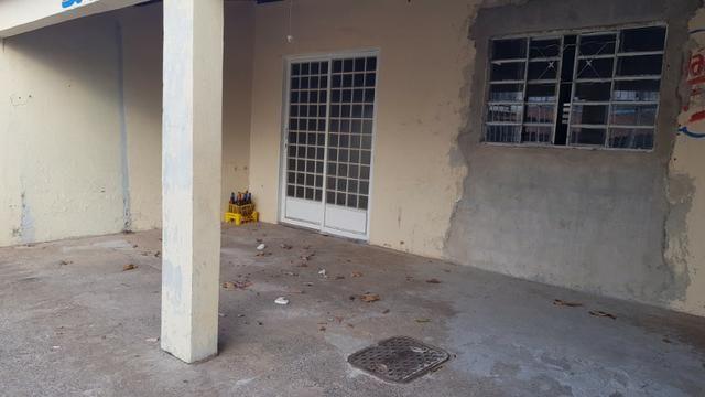 Casa de 2 Quartos - Escriturada com Barraco de Fundo - Aceita Proposta - Foto 17