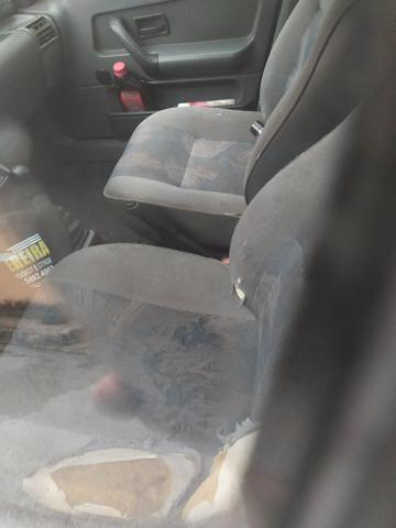 Renault Clio 99 1.6 8 v, gasolina 4 portas com direção , vidro elétrico - Foto 8