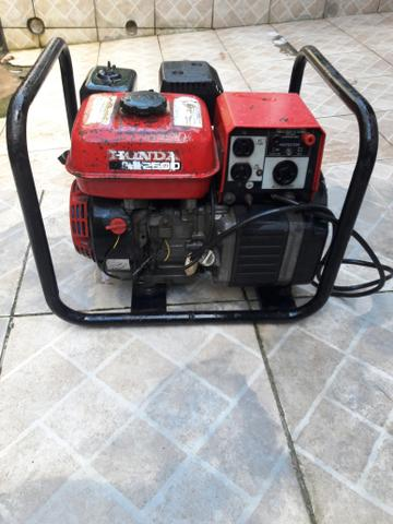 Gerador de energia honda 2.500 wats