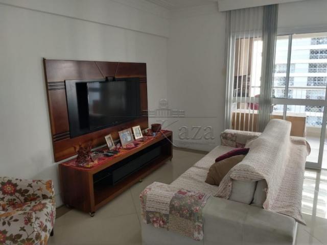 Apartamento à venda com 3 dormitórios cod:V30491UR - Foto 3
