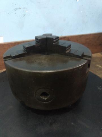 Placa de três castanhas para torno mecânico