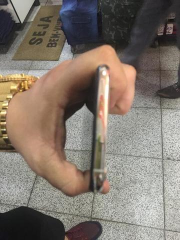 Imperdível iPhone XS Max 512 giga branco 6000 parcelo acréscimo da maquininha - Foto 5