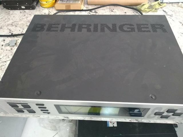 Equalizador Behringer Ultra Curve DSP 8024 - Foto 6
