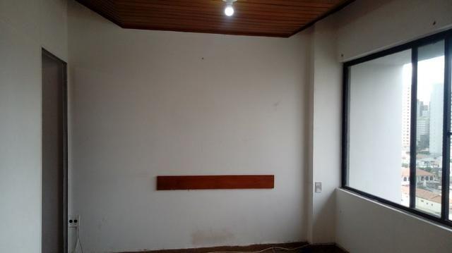 Sala próximo da CERT com 30 m2 02 divisórias 8º andar - Foto 15