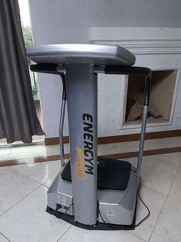 Plataforma Vibratória Up Fitness seminova