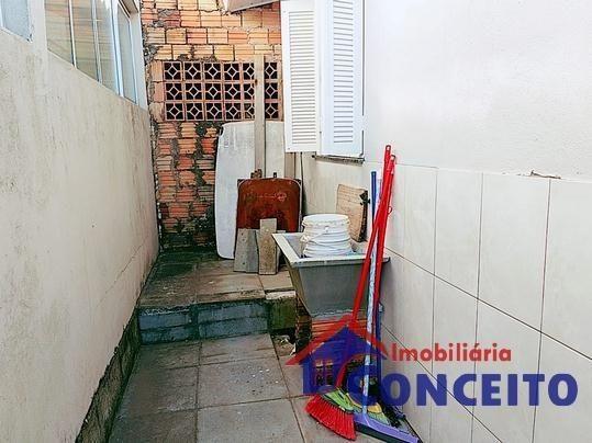 C11 - Linda residência com suíte em região de moradores - Foto 5
