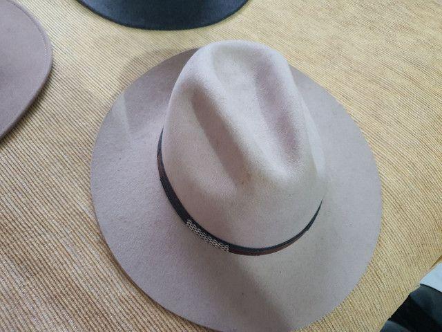 Torro 3 chapéus Prada originais R$ 150,00 - Foto 5