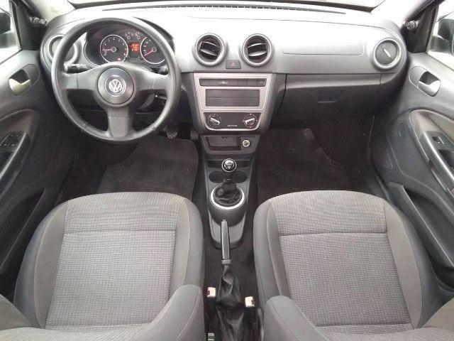 Volkswagen Voyage 1.0 MI 8V Flex 4P agio:9,000 - Foto 4