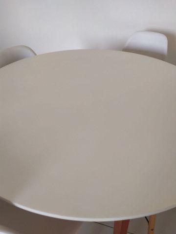 Mesa de Jantar Redonda Tóquio Branca e Mel - Foto 4