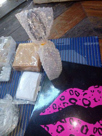 Vendo material para fazer jóias + suporte para notebook - Foto 4