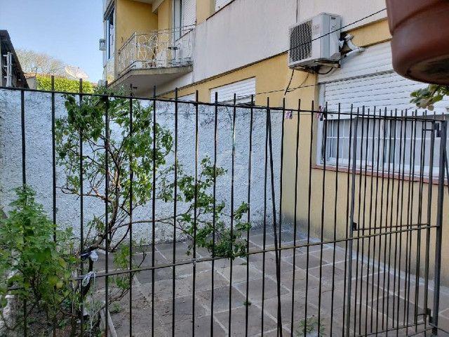 Apartamento à venda com 2 dormitórios em Vila ipiranga, Porto alegre cod:HM111 - Foto 11