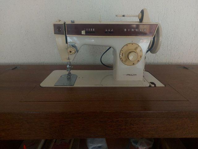 Máquina de costura singer facilita  - Foto 2