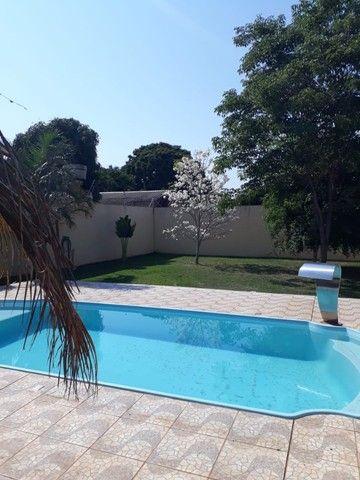 Linda Casa Bairro Amambai  com  Piscina  - Foto 16