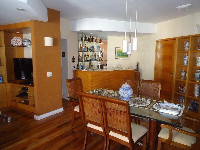Tijuca amplo apartamento sala 2 quartos todo reformado e planejado de armários