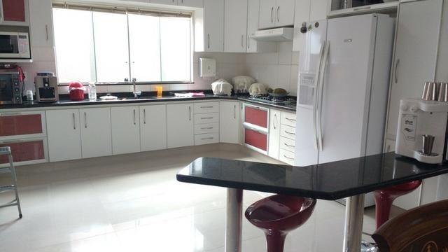 Samuel Pereira oferece: Casa Moderna Jardim Europa II 3 Suites Churrasqueira Piscina - Foto 6
