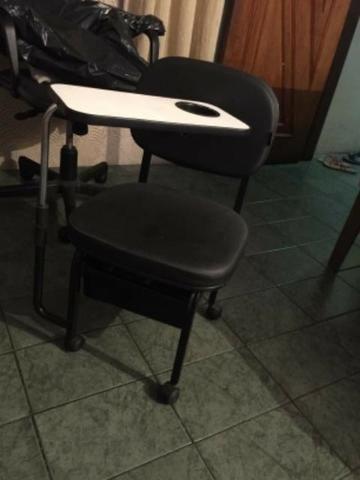 Cadeira de manicure com gavetinha - Foto 2