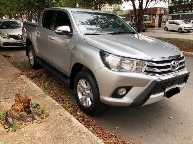 Toyota Hilux 16/17 - Foto 2