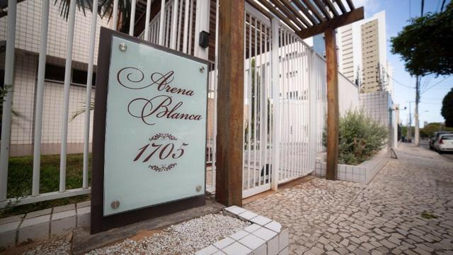 Vende-se Apartamento no Bairro Cocó Próximo Center Box - Foto 6