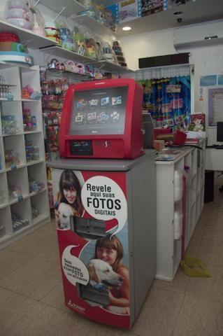 Kiosk de reveleção digital Mitsubishi