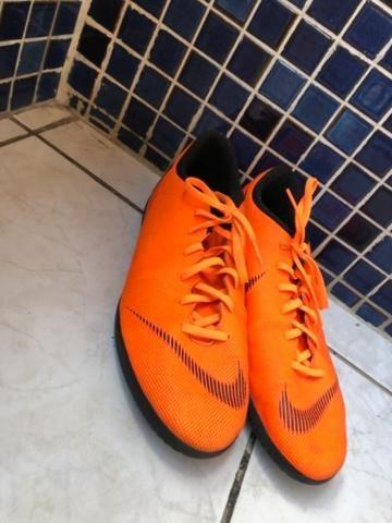 Chuteira Futsal Nike Mercurial Superfly 6 Club - Laranja e Preto