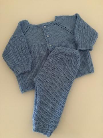 Conjunto de lã + jardineira de lã, tamanho P