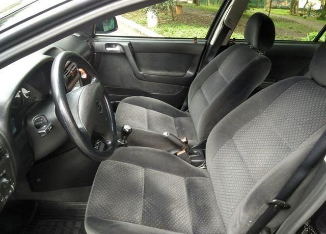 Chevrolet astra hatch advantage 2.0 8v 4p - Foto 5