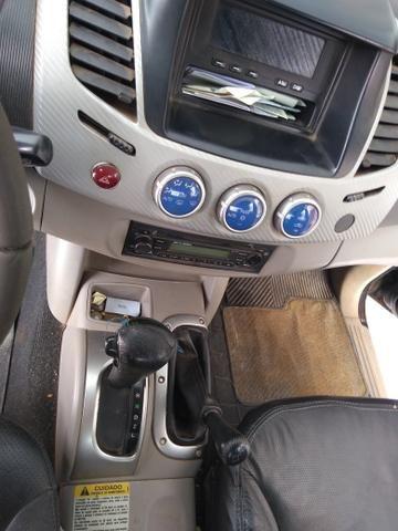Triton 4x4 Automático - Foto 7