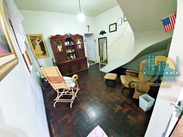 Casa com 4 quartos amplos e uma linda piscina - Duplex com 260m² - 3 vagas - Foto 10