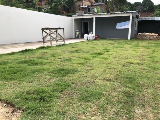 Vendo ou troco casa no novo Israel com ótimo espaço - Foto 3