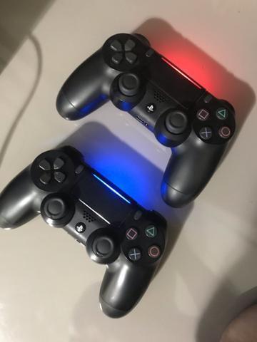 PS4 slim 500g + 2 controles + 9 jogos - Foto 2