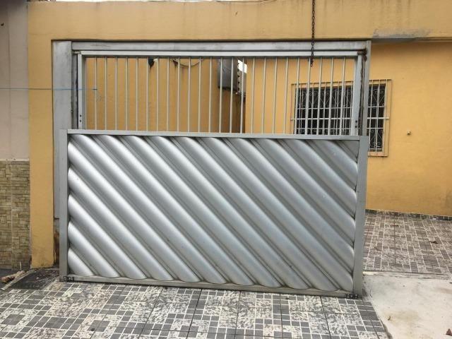 Vendo Portão de Alumínio