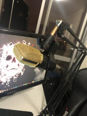 Suporte de mesa com microfone para youtubers - Foto 3