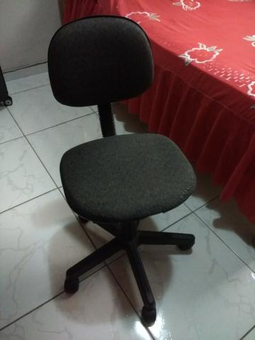 Cadeira Giratoria para Mesa 7 - Foto 2