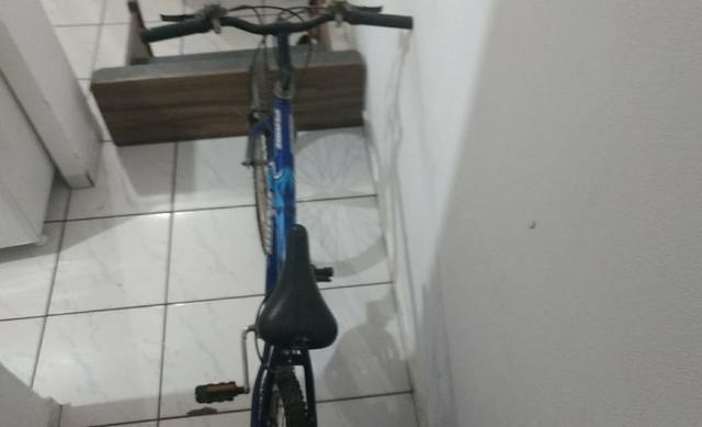 Vendo ou troco bicicleta Caloi quase nunca usada (leia a descrição) R$190,00