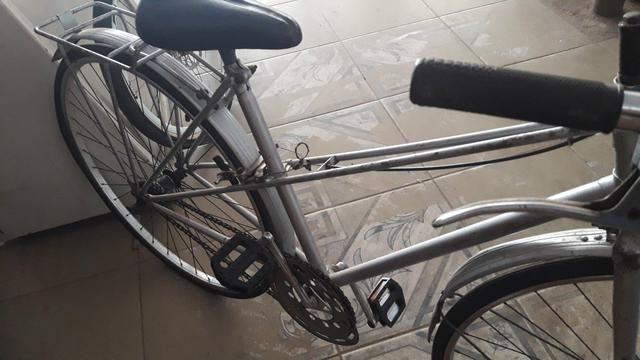 Bicicleta antiga marca Peugeot - Foto 4