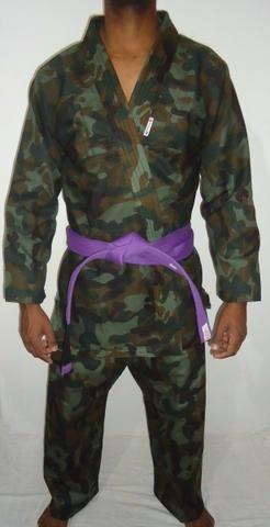 Kimonos Camuflado Tamanhos M 1,M 2 ,M3,M 4 Produtos novos e embalados liquidação