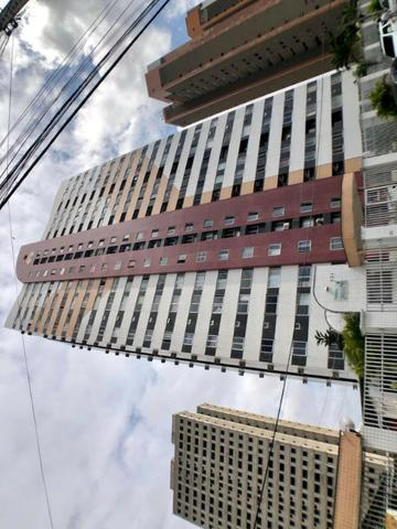 Apartamento com 3 quartos no 15° andar do Condomínio Atlântico Sul no Cambeba. AP0685