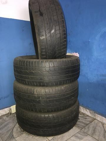 Vendo pneu aro 19 255/55 pneus com mais de 70% de borrachas