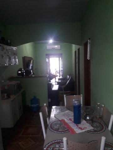 Troco essa casa em Manacapuru com uma em manaus