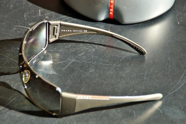 Óculos Prada Original semi-novo - Bijouterias, relógios e acessórios ... 150ffc8e5f