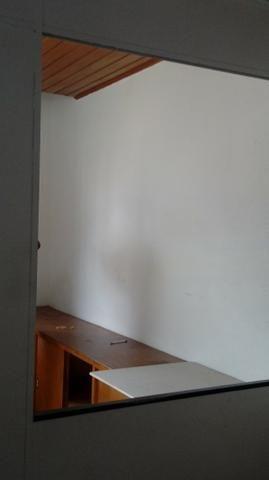 Sala próximo da CERT com 30 m2 02 divisórias 8º andar - Foto 8