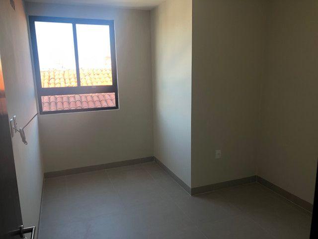 No BESSA,varanda 2 quartos 1 suíte,Prox. A Praça do CAJU - Foto 5