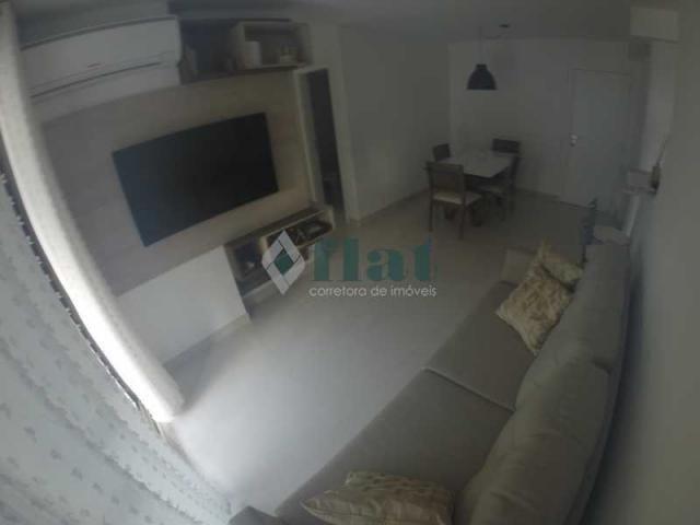 Apartamento à venda com 2 dormitórios cod:FLAP20172