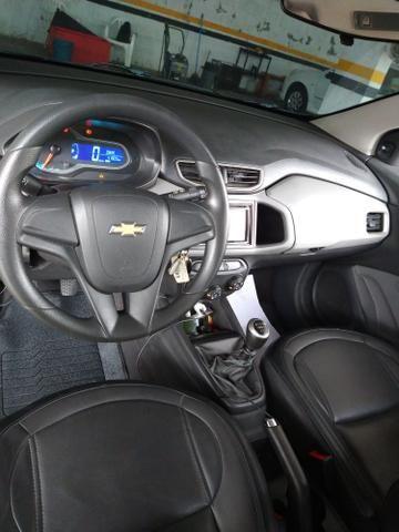 Onix 2016 completo carro impecável ! - Foto 8