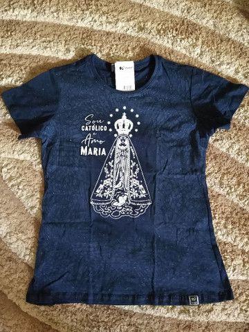 Vendo roupas com estampas religiosas - Foto 5